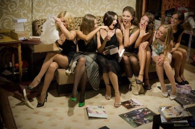 Порно видео подарок на девичнике